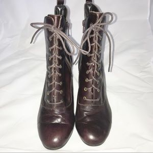 Liz Claiborne Brown Leather Lace Up Ankle Boots